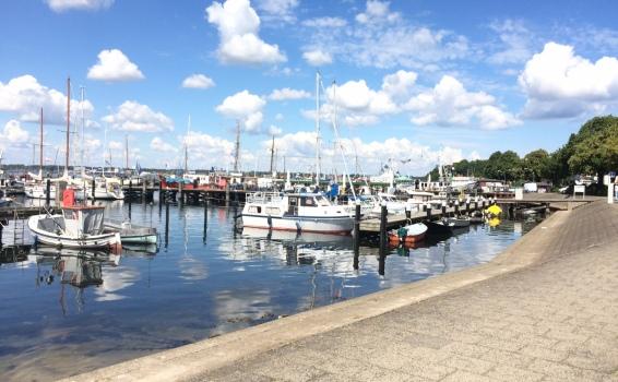 Hafen in der Kieler Förde - Heikendorf
